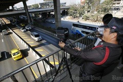 """Camera, máy ảnh công nghệ cao hỗ trợ CSGT """"phạt nguội"""""""