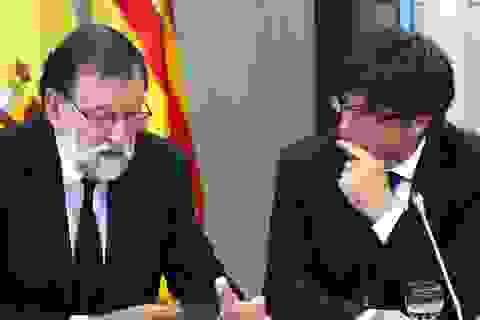 """Thủ hiến Catalonia """"vòng vo"""" trong thư phản hồi Tây Ban Nha"""