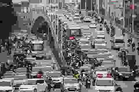 Hà Nội: Giao thông vẫn căng thẳng những ngày cận Tết