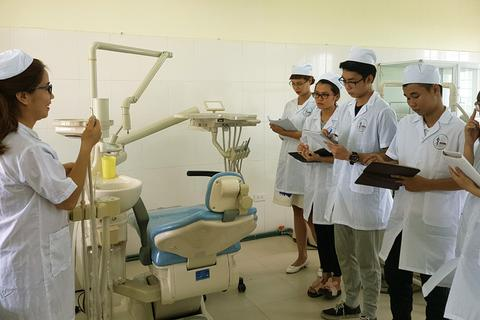 Trường Cao đẳng Dược Hà Nội: Vì mục tiêu chăm sóc sức khỏe cộng đồng!