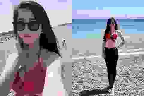 """""""Hotgirl làng võ"""" Châu Tuyết Vân diện bikini khoe dáng ở Hy Lạp"""