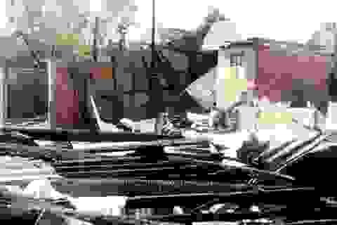"""""""Bà hoả"""" thiêu rụi 12 căn nhà, thiệt hại khoảng 1,5 tỷ đồng"""