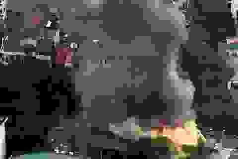 Hà Nội: Náo loạn vì cháy lớn trên phố Phan Kế Bính