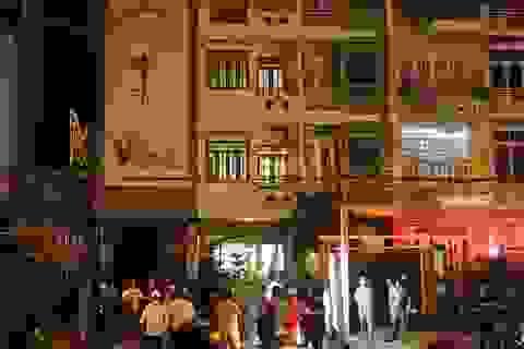 Cháy Spa trong đêm, cả khu phố hoảng loạn