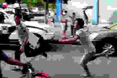 Hà Nội: Đi uống rượu với bạn, một nam thanh niên bị đâm tử vong