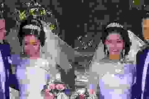Hy hữu chị em sinh đôi kết hôn cùng anh em sinh đôi
