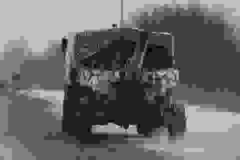 """Chiến sự """"đốt nóng"""" miền đông Ukraine"""