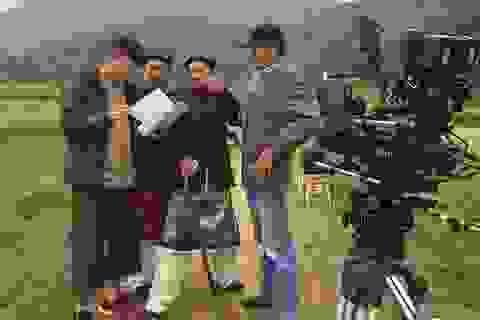 """Có gì """"lạ miệng"""" trong các phim hài tết Việt 2018 quay ở Mỹ, Ấn Độ?"""