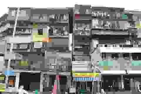 Ung dung sống trong khu tập thể nguy hiểm nhất Hà Nội sát hồ Thành Công