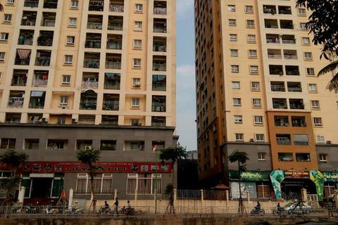 """Cư dân chung cư 229 phố Vọng kêu cứu: UBND TP Hà Nội lại ra """"tối hậu thư""""!"""
