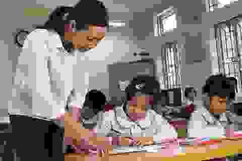 """Tăng lương giáo viên: """"Chúng ta cứ hy vọng và mơ đẹp đi nhé"""""""