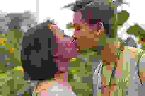 """Những nụ hôn """"sắc màu"""" của bạn trẻ Hà thành"""