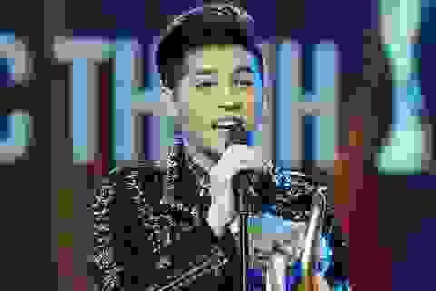 Noo Phước Thịnh vượt mặt nhiều ca sĩ, giành giải ca sĩ của năm