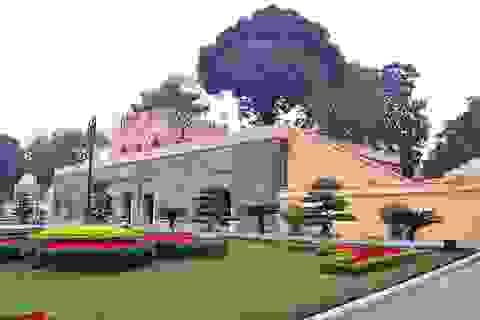 """Chủ tịch Hà Nội yêu cầu rút kinh nghiệm vụ """"làm mới"""" di tích"""