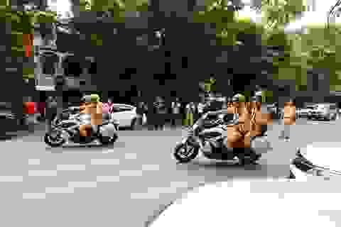 """Dàn xe """"đặc chủng"""" của CSGT Hà Nội dẫn các đoàn nguyên thủ dự APEC"""
