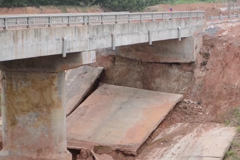 Nghệ An: Dự án kênh tiêu nước hơn 750 tỷ chưa bàn giao đã hư hỏng?