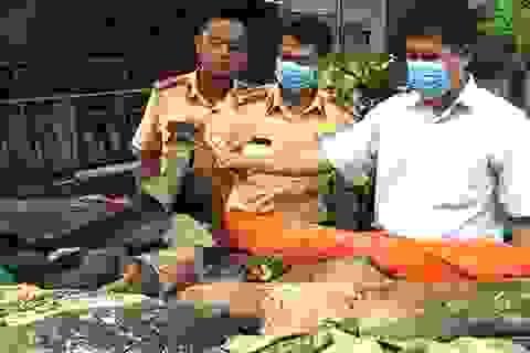Hơn 1 tấn da trâu bò không rõ nguồn gốc