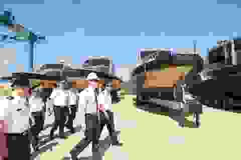 Mỹ bàn giao 6 xuồng tuần tra biển cho Cảnh sát Biển Việt Nam