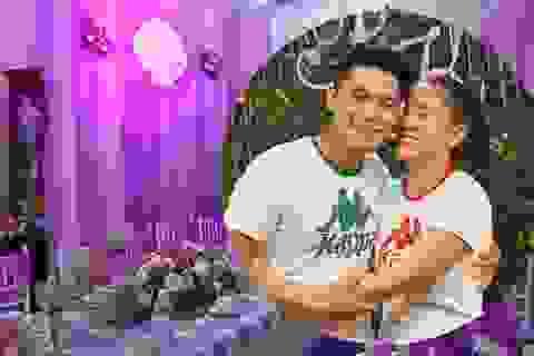 Không gian tiệc cưới nhà Lê Phương ngập sắc tím