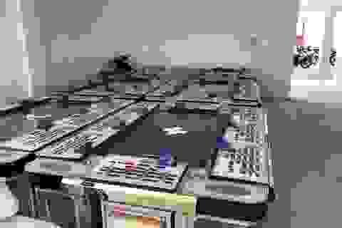 Ông chủ người Trung Quốc lập sòng bạc núp bóng trò chơi bắn thú