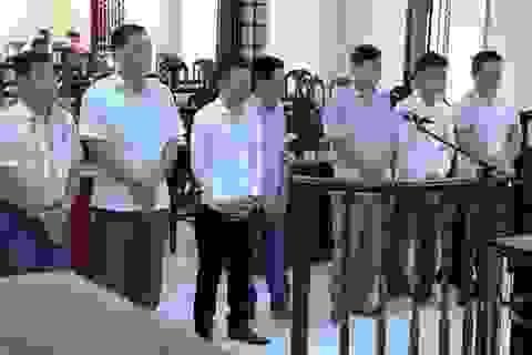 Bí thư Đảng ủy phường hầu tòa vì tội đánh bạc