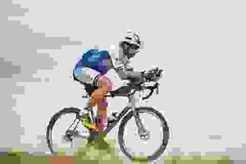 Lập kỷ lục đạp xe vòng quanh thế giới chỉ trong 79 ngày