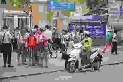 """Quảng Ngãi """"nới lỏng"""" lệnh cấm dạy thêm ngoài nhà trường"""