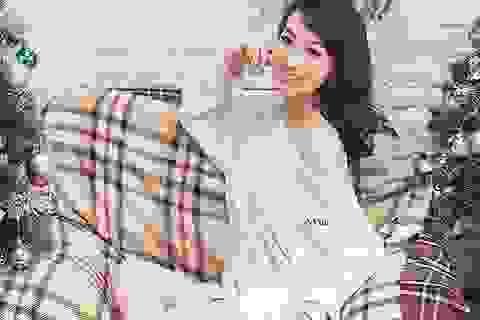 Thiếu nữ Hà thành đón mùa Giáng sinh ngọt ngào, ấm áp