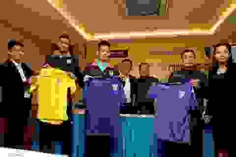 FC Hà Nội là CLB đầu tiên của Việt Nam nhận tài trợ áo đấu