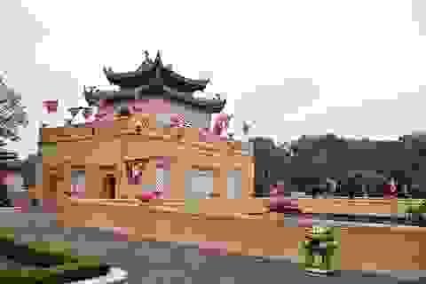"""Hoàng Thành Thăng Long khác lạ trong """"màu áo mới"""""""