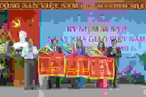 Thủ tướng tặng Cờ thi đua, Bằng khen cho các tập thể và cá nhân ngành giáo dục Quảng Bình