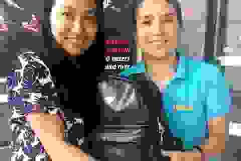Quảng Bình: Nhân viên du lịch trả lại hành lý của du khách để quên