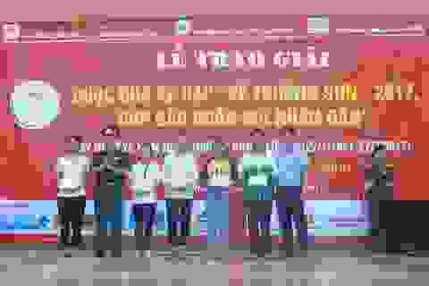 Trao nhiều phần quà đến các gia đình chính sách tại Quảng Bình