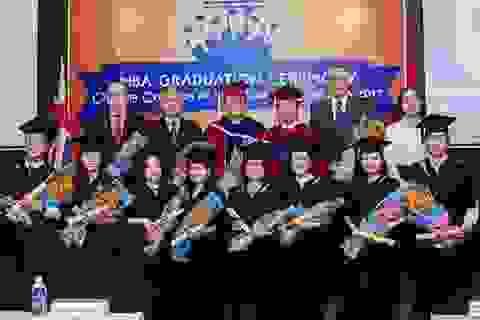 Muốn thành công ở Việt Nam, cần có bằng cấp?