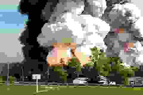 Nổ nhà máy pháo hoa Indonesia, gần 50 người chết
