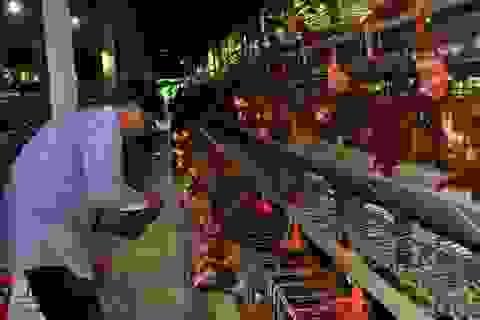 Gần 1.000 con gà bỗng lăn quay ra chết nghi do bị đánh thuốc chuột
