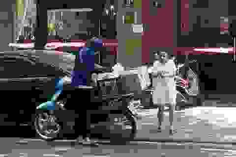"""""""Lạm phát"""" đơn hàng ngày nắng nóng, dân giao hàng bỏ túi tiền triệu mỗi ngày"""