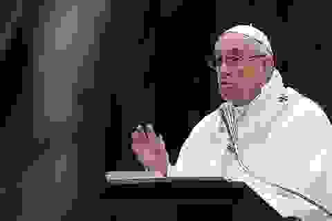"""Giáo hoàng phản đối dùng từ """"mẹ"""" để đặt tên bom"""