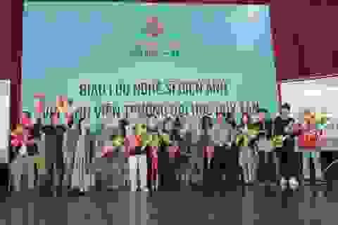 Nghệ sĩ điện ảnh Việt giao lưu với giới trẻ Đà Nẵng