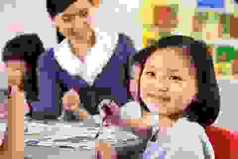 Giáo viên tiểu học có bằng đại học có được tính lương theo bằng cấp?