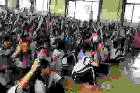 """Học trò """"tố"""" bị quấy rối tình dục, Sở yêu cầu nhà trường giáo dục giới tính"""