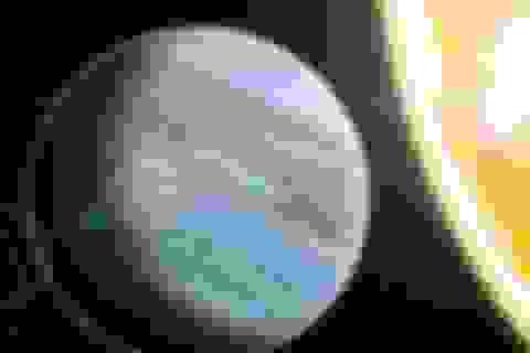 """Phát hiện hành tinh """"xốp"""" khổng lồ lớn hơn Sao Mộc"""