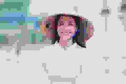 Hoa hậu Phạm Hương đẹp hút hồn trong bộ ảnh quảng bá Đà Nẵng