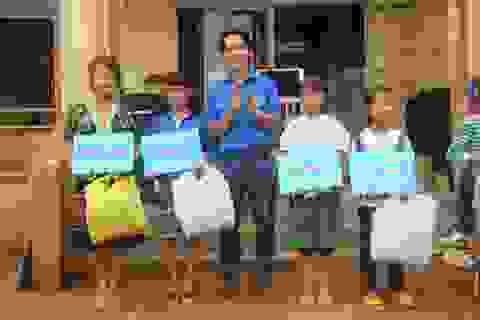 Thắp sáng ước mơ học sinh nghèo bằng… 500 đồng mỗi ngày