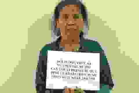 """""""Nữ y tá"""" làm chết người bị bắt sau 25 năm lẩn trốn"""