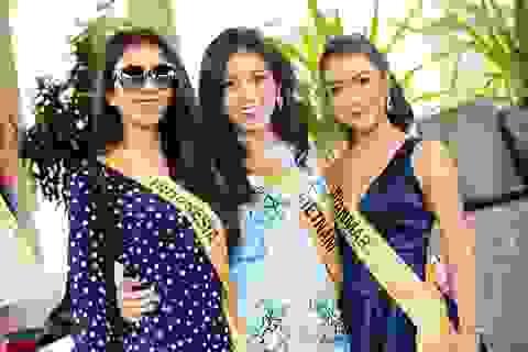 Dàn người đẹp Hoa hậu Hòa bình hào hứng khám phá động Thiên Đường