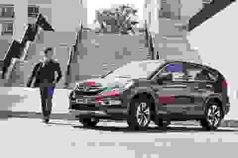 Honda Việt Nam khuyến mại cho khách hàng mua xe CR-V và Accord