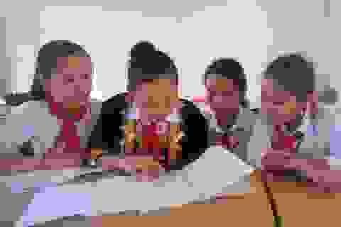 Hàng trăm học sinh huyện nghèo 30a chưa nhận được tiền hỗ trợ của Nhà nước