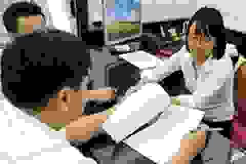 Không ký hợp đồng lao động thay thế tuyển dụng công chức