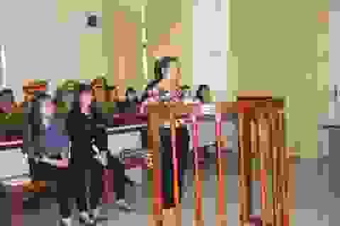 Thuê tiếp viên karaoke giả con gái lãnh đạo tỉnh lừa đảo hàng chục tỷ đồng